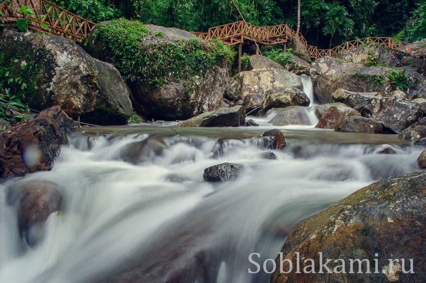 Горячие источники и водопад Дуриан на острове Лангкави