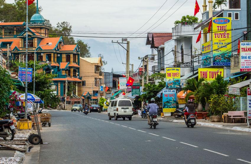 Вунгтау: как добраться, где жить, чем заняться